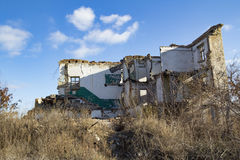 Paisaje arruinado de la casa Foto de archivo