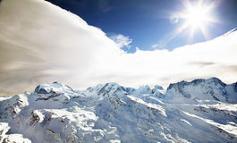Paisaje asoleado del invierno Imagenes de archivo