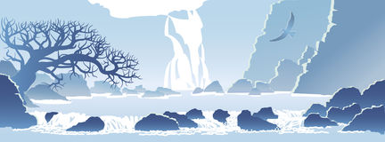 Paisaje azul de la montaña con una cascada Fotografía de archivo libre de regalías