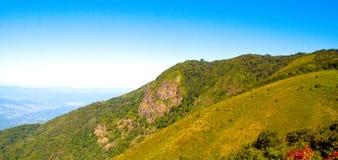 Paisaje azul de la naturaleza de Ridge Parkway Appalachian Mountains Scenic Imagen de archivo