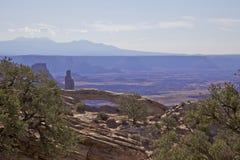 Paisaje Canyonlands N.P. del arco del Mesa. Fotografía de archivo libre de regalías