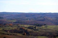 Paisaje característico de Toscana en otoño Las colinas de Chianti al sur de foto de archivo