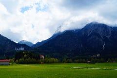 Paisaje cerca del castillo de Neuschwanstein Fotos de archivo libres de regalías