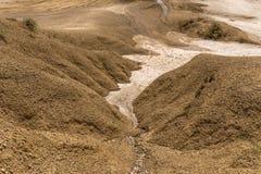 Paisaje cerca por los volcanes del fango fotografía de archivo
