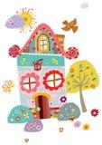 Paisaje con la casa y el árbol lindos Fotografía de archivo libre de regalías