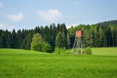 Paisaje con la torre de la caza Fotos de archivo
