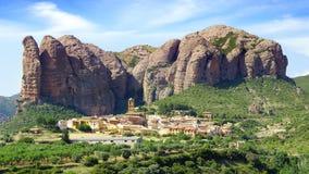 Paisaje con las montañas de Aguero, Huesca Imágenes de archivo libres de regalías