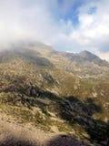 Paisaje con los picos en las nubes bajas, el Brenta Dolo de la montaña Fotografía de archivo libre de regalías