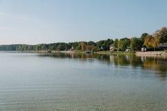 Paisaje con un lago, countrycide Imágenes de archivo libres de regalías