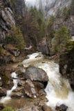 Paisaje con un río de la montaña Fotografía de archivo libre de regalías