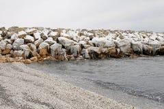 Paisaje congelado playa del invierno Imagen de archivo