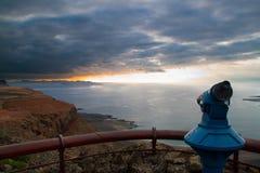 Paisaje costero de la isla de Lanzarote, España. Fotografía de archivo libre de regalías