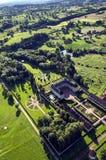 Paisaje de Borgoña con el palacio Imagen de archivo libre de regalías