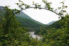Paisaje de Cerna River Valley, Rumania Imagenes de archivo