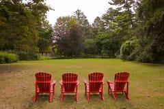 Paisaje de cuatro sillas de Adirondike foto de archivo