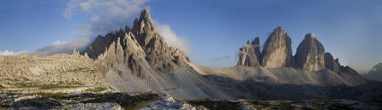 Paisaje de Dolomiti. Montaje Paterno y Cime de Tre Imágenes de archivo libres de regalías