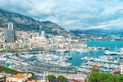 Paisaje de Hercules Mediterranean Sea del puerto del puerto de Mónaco de la visión Foto de archivo