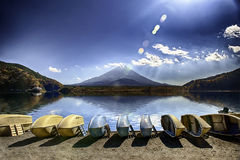 Paisaje de Japón con el monte Fuji Fotografía de archivo libre de regalías