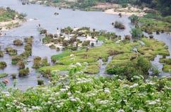 Paisaje de la aldea de Sanya Foto de archivo libre de regalías