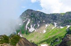 Paisaje de la antena de las montañas Foto de archivo