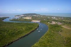 Paisaje de la antena de Port Douglas fotos de archivo libres de regalías