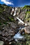 Paisaje de la cascada Siklawa en Tatras Imágenes de archivo libres de regalías