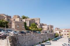 Paisaje de la ciudad de Erice situada cerca de Trapan, Sicilia fotografía de archivo libre de regalías
