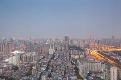Paisaje de la ciudad de Guangzhou (niebla y neblina de la noche) Fotos de archivo