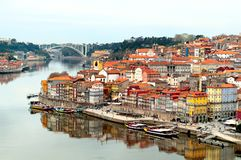Paisaje de la ciudad de Oporto, Portugal Imagen de archivo libre de regalías