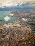 Paisaje de la ciudad del avión  Imagenes de archivo