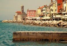 Paisaje de la ciudad histórica de la costa Imagen de archivo