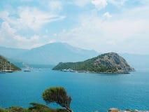 Paisaje de la costa costa del pavo del mar Mediterráneo Imagenes de archivo