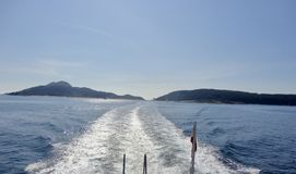 Paisaje de la hermosa vista de una isla atlántica imagen de archivo