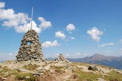 Paisaje de la montaña con Stana Mandl imagen de archivo