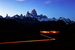 Paisaje de la montaña de Fitz Roy en la noche Fotografía de archivo libre de regalías
