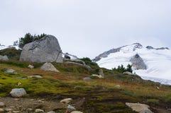 Paisaje de la montaña de la mucha altitud Foto de archivo