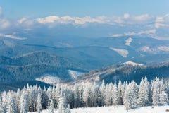 Paisaje de la montaña del invierno Fotos de archivo libres de regalías