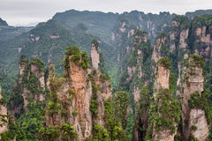 Paisaje de la montaña del parque nacional de Zhangjiajie Imagen de archivo