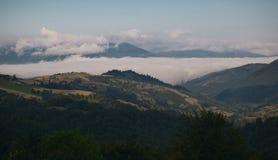 Paisaje de la montaña del verano Fotos de archivo
