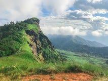 Paisaje de la montaña en el AMI de Chaing, Tailandia del jong de lunes imagenes de archivo