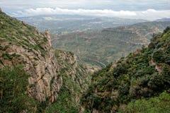 Paisaje de la montaña en el monasterio de Santa Maria de Montserrat S Fotografía de archivo libre de regalías