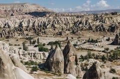 paisaje de la montaña en el parque nacional de Goreme, chimeneas de hadas, imagenes de archivo