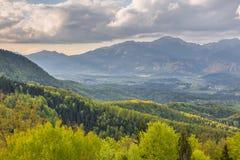 Paisaje de la montaña en las montañas de Kamnik-Savinja Foto de archivo libre de regalías