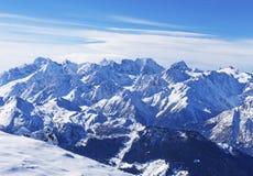Paisaje de la montaña en las montañas suizas Fotos de archivo libres de regalías