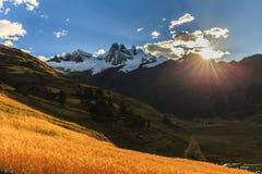 Paisaje de la montaña en los Andes Fotografía de archivo libre de regalías