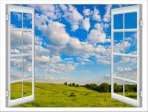 Paisaje de la naturaleza con la ventana con las cortinas Fotos de archivo