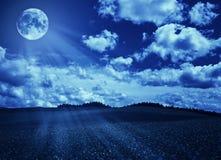 Paisaje de la noche imagenes de archivo