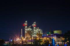 Paisaje de la noche de la planta eléctrica Imágenes de archivo libres de regalías