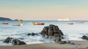 Paisaje de la playa de Kalim, Phuket, Tailandia Fotografía de archivo