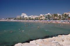Paisaje de la playa de Sitges Imagen de archivo libre de regalías